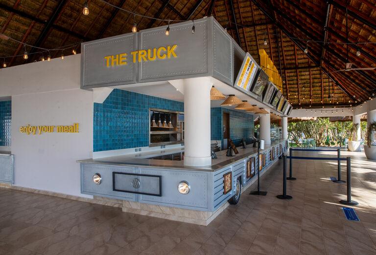 Hotel Grand Bahia Principe Tulum - občerstvenie