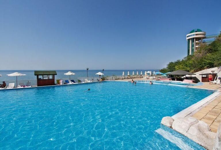 Vodný svet Hotel Paradise Beach ****+