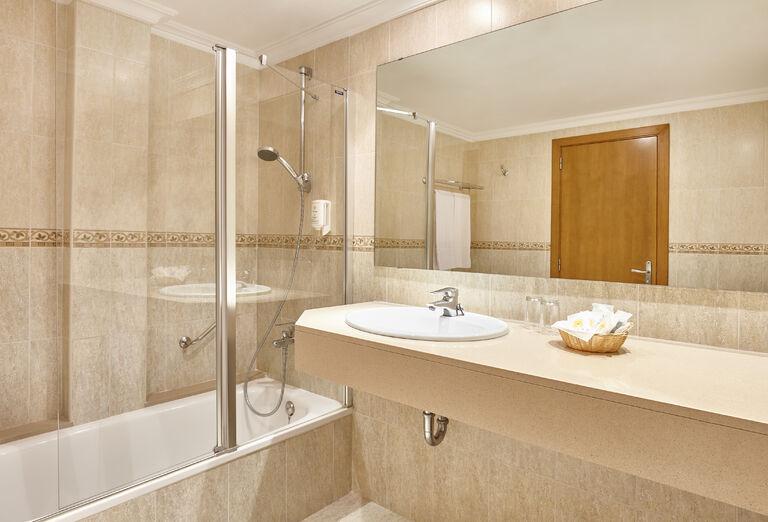 Ubytovanie Hotel Castell Royal ****+