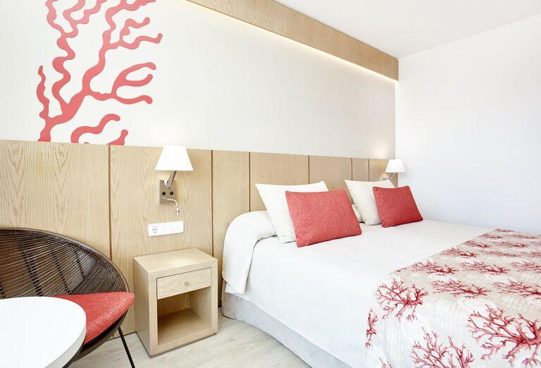 Ubytovanie Universal Hotel Perla ****