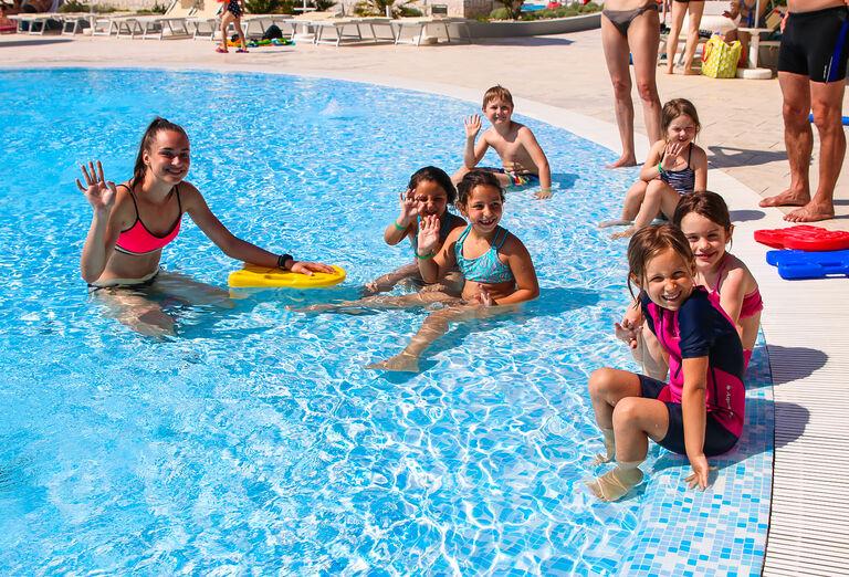 Pre deti Apartmány Zaton Holiday Resort ****