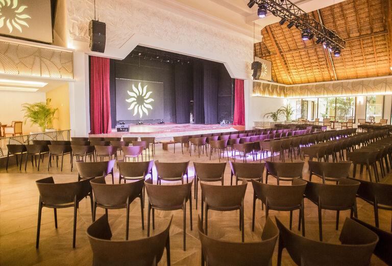 Hotel Bahia Principe Luxury Akumal - divadlo