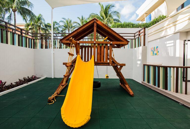 Hotel Bahia Principe Luxury Akumal - detské preliezky
