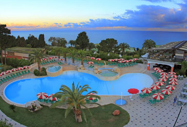 Vodný svet Hotel Labranda Rocca Nettuno Tropea *****