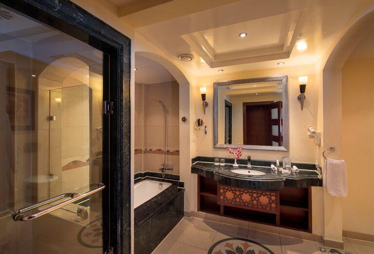 Ubytovanie Premier Le Rêve Hotel & Spa *****+