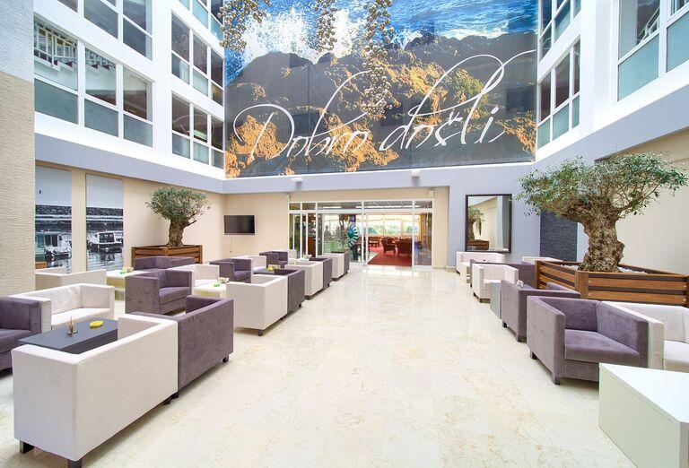 Hotel Dražica ***
