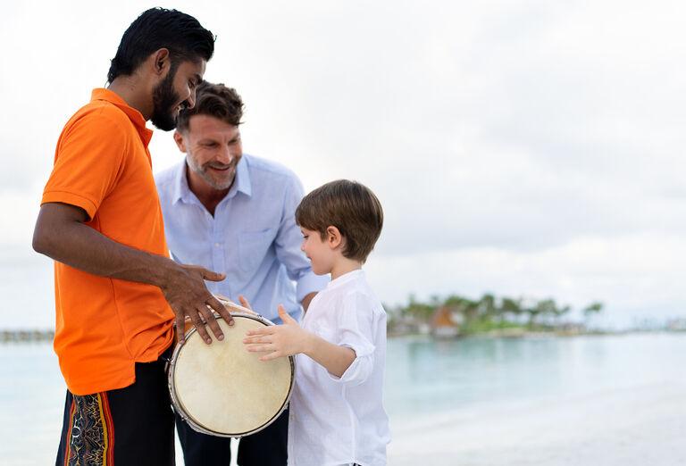 Pre deti Hotel SAii Lagoon Maldives, Curio Collection By Hilton ****+