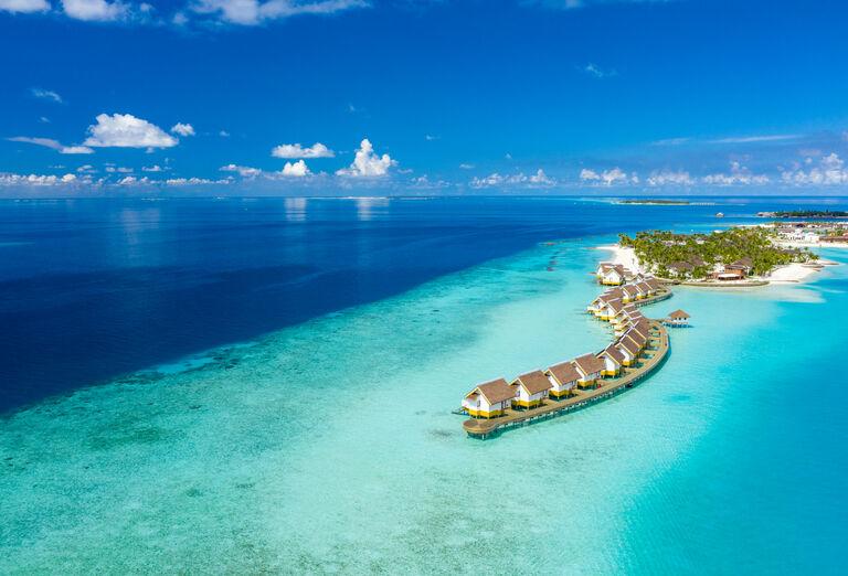 Hotel SAii Lagoon Maldives, Curio Collection By Hilton ****+