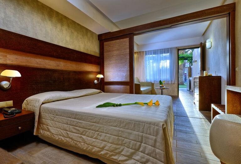 Ubytovanie Hotel Sirens Beach ****+