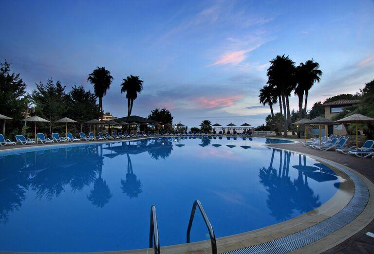 Vodný svet Hotel TH Le Castella Baia Degli Dei Village ****
