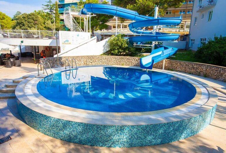 Vodný svet Hotel Dražica ***