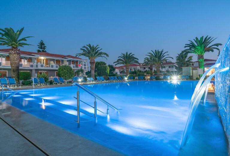 Vodný svet Hotel Golden Sun *****