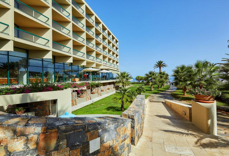 Hotel Sirens Beach ****+
