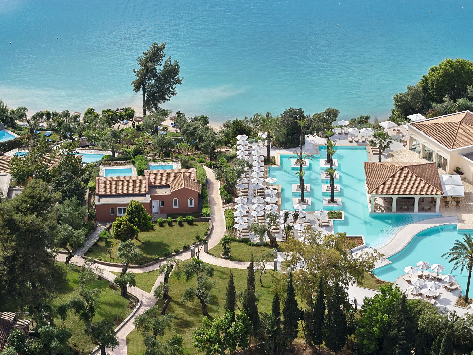 https://cms.satur.sk/data/imgs/tour_image/orig/01-eva-palace-luxury-hotel-in-corfu_72dpi-1946643.jpg