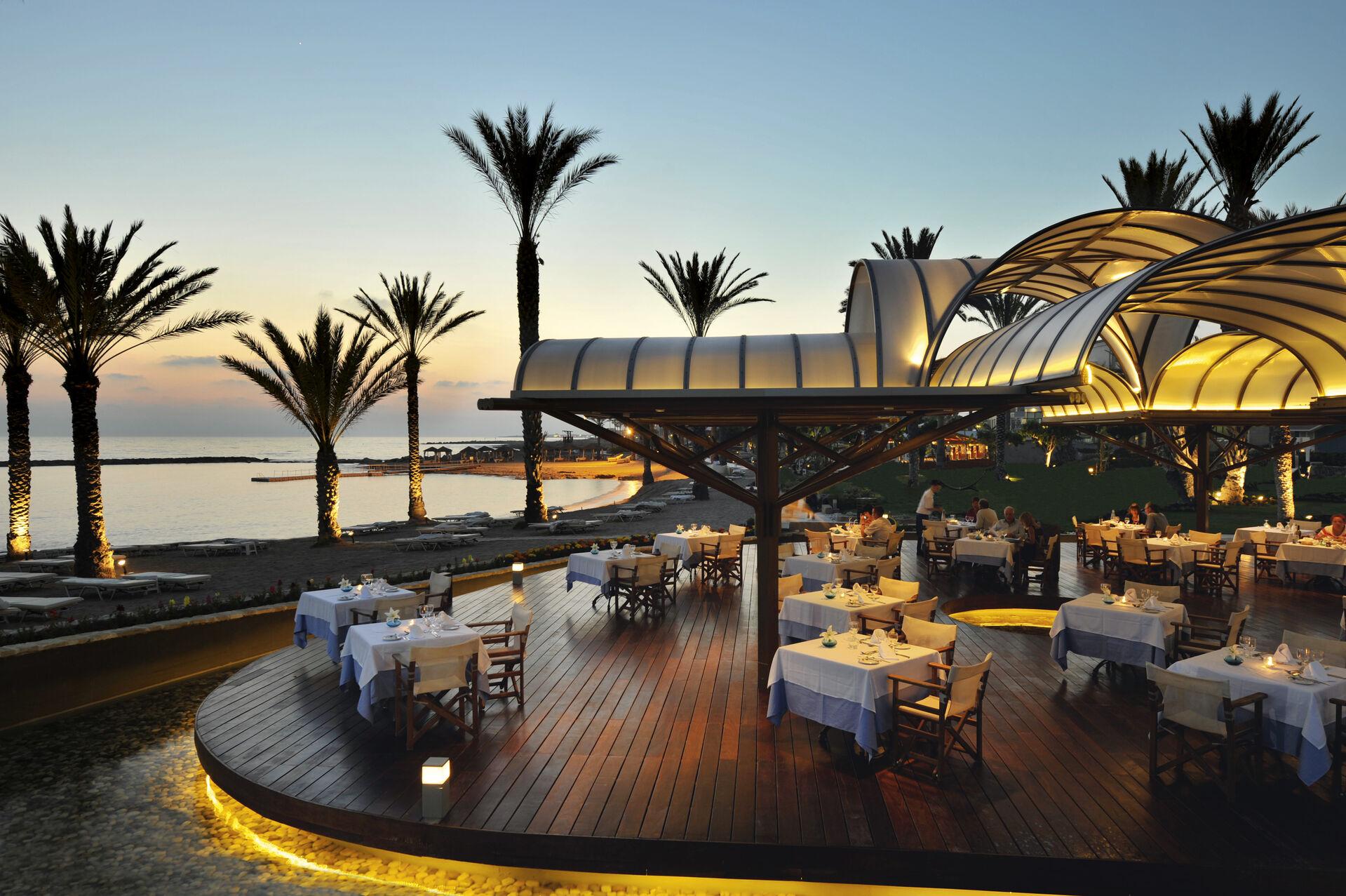 https://cms.satur.sk/data/imgs/tour_image/orig/08-pioneer-beach-hotel-thalassa-mediterranean-rest-1972635.jpg