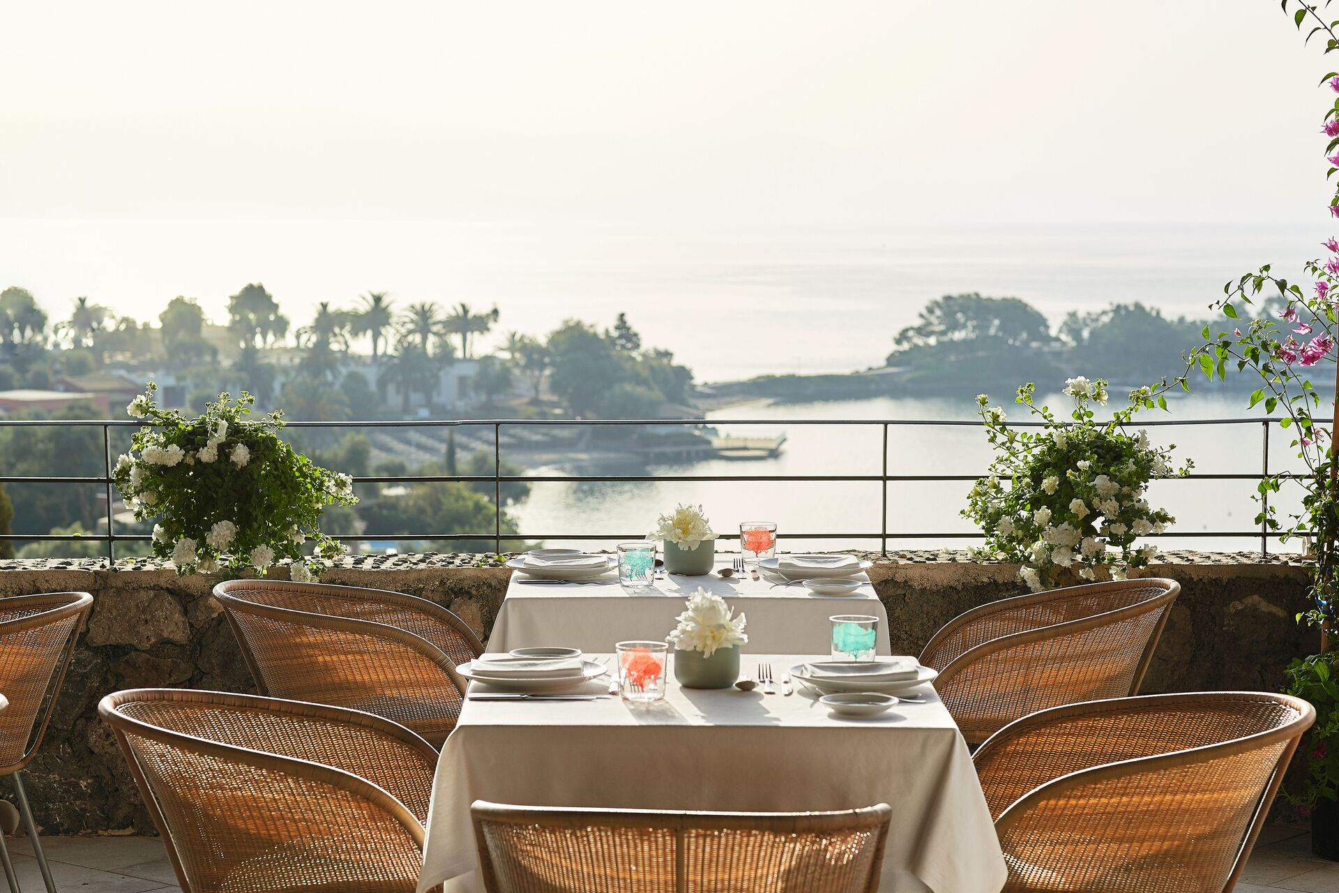 https://cms.satur.sk/data/imgs/tour_image/orig/09-mediterraneo-restaurant_72dpi-1946651.jpg