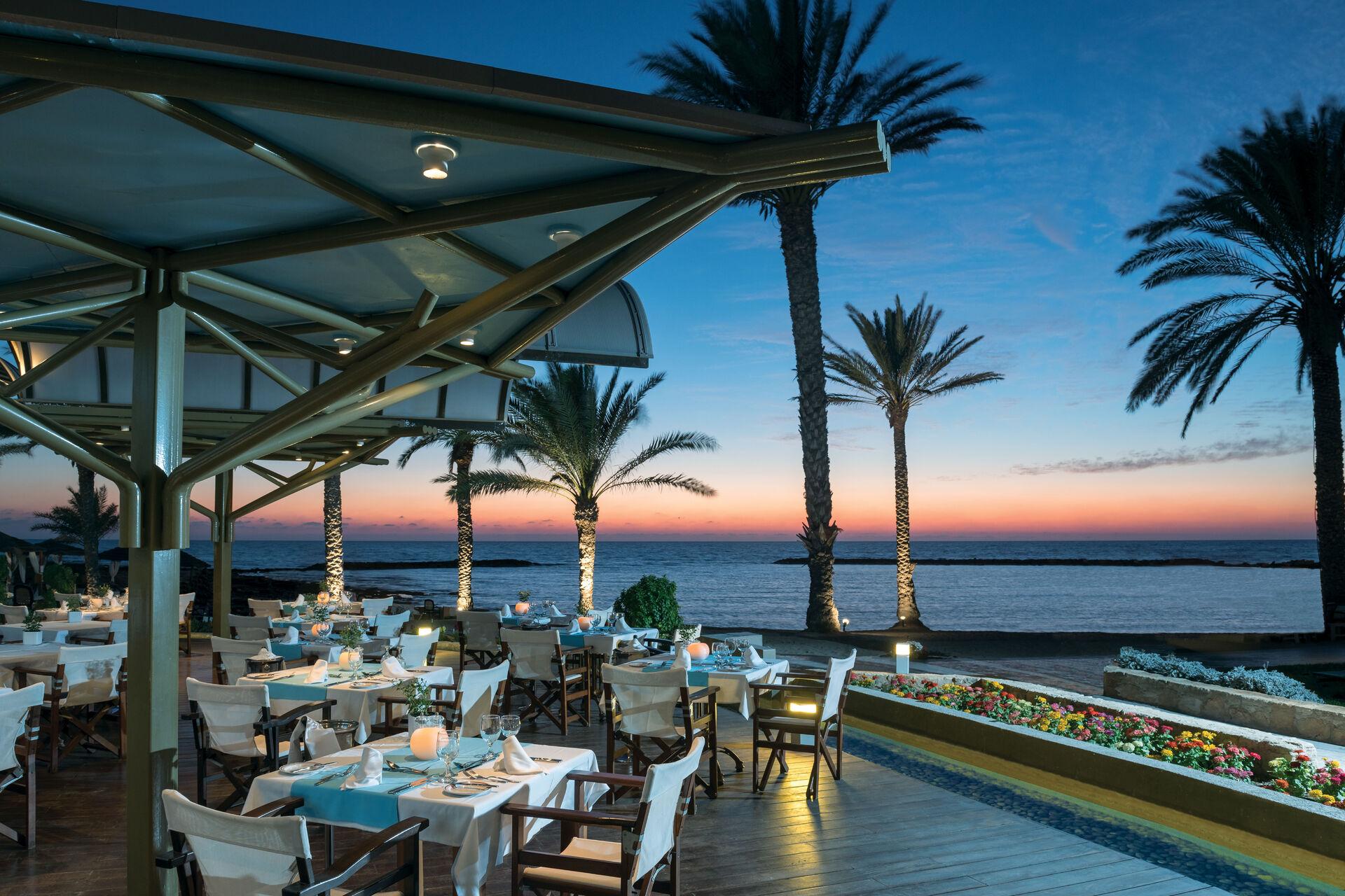 https://cms.satur.sk/data/imgs/tour_image/orig/12-pioneer-beach-hotel-thalassa-mediterranean-restaurant-1972637.jpg