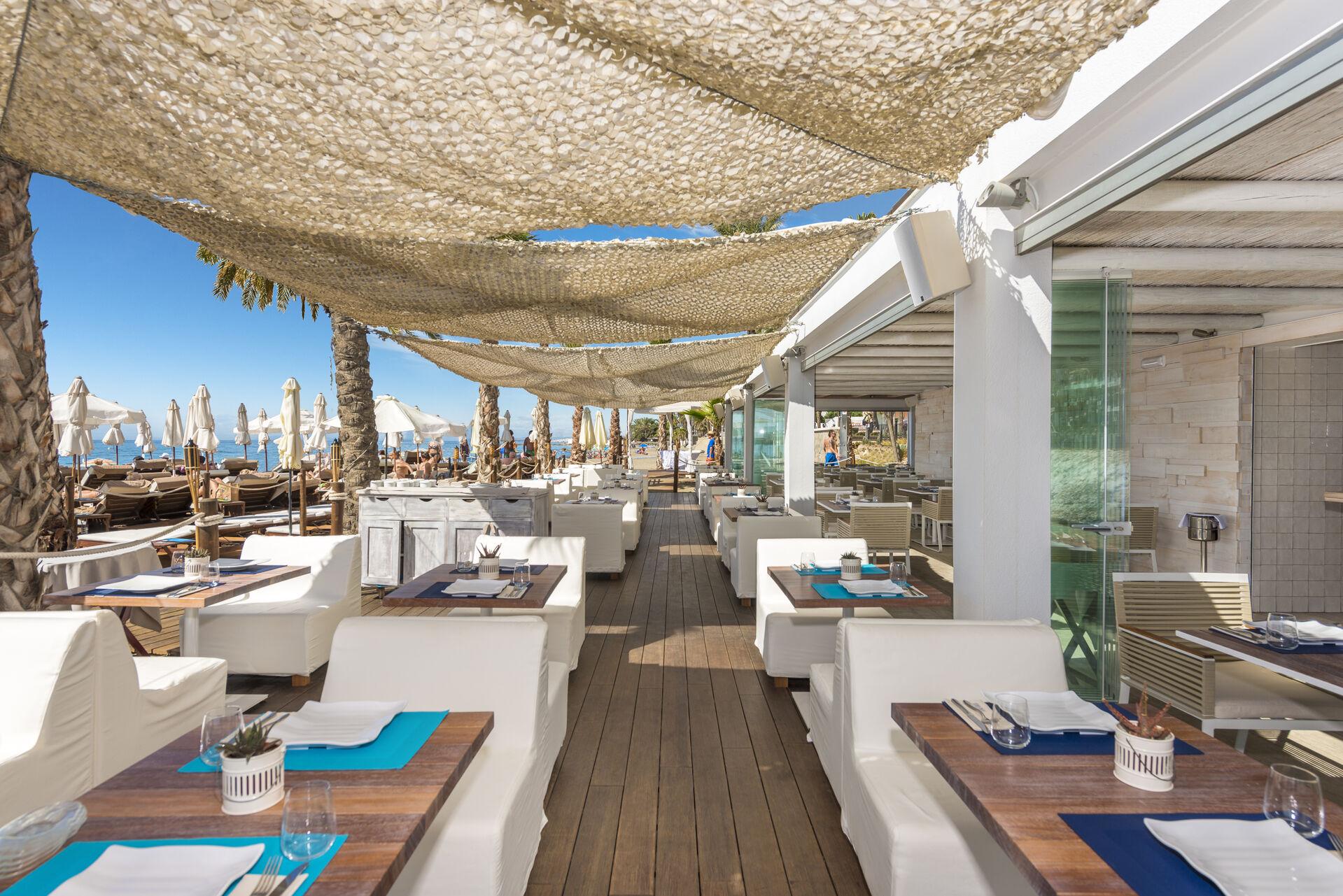 https://cms.satur.sk/data/imgs/tour_image/orig/amare-marbella-beach-restaurante-2-1972162.jpg