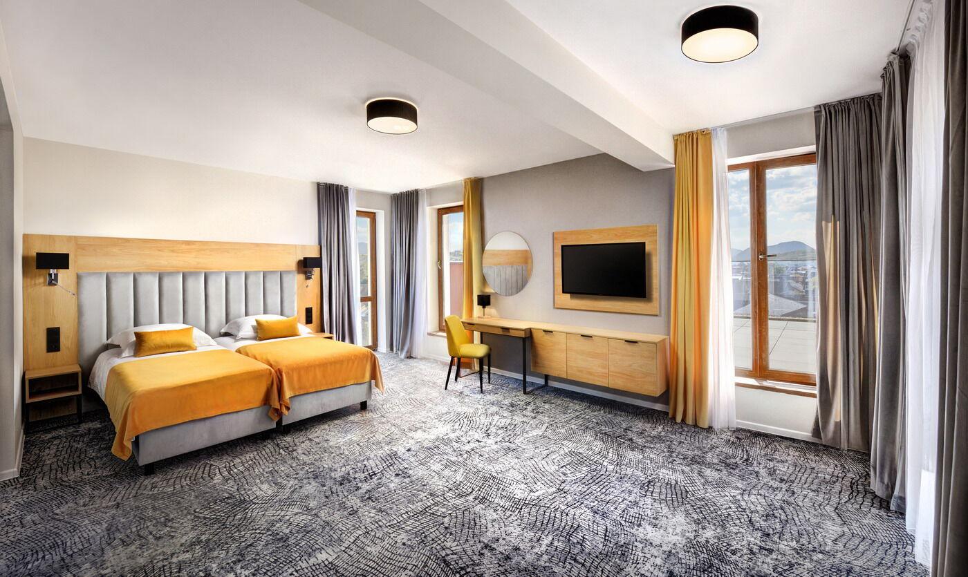 https://cms.satur.sk/data/imgs/tour_image/orig/c-marek-hajkovsky-foto-hotel-aquamarin-2021-apartman_1-1985682.jpg