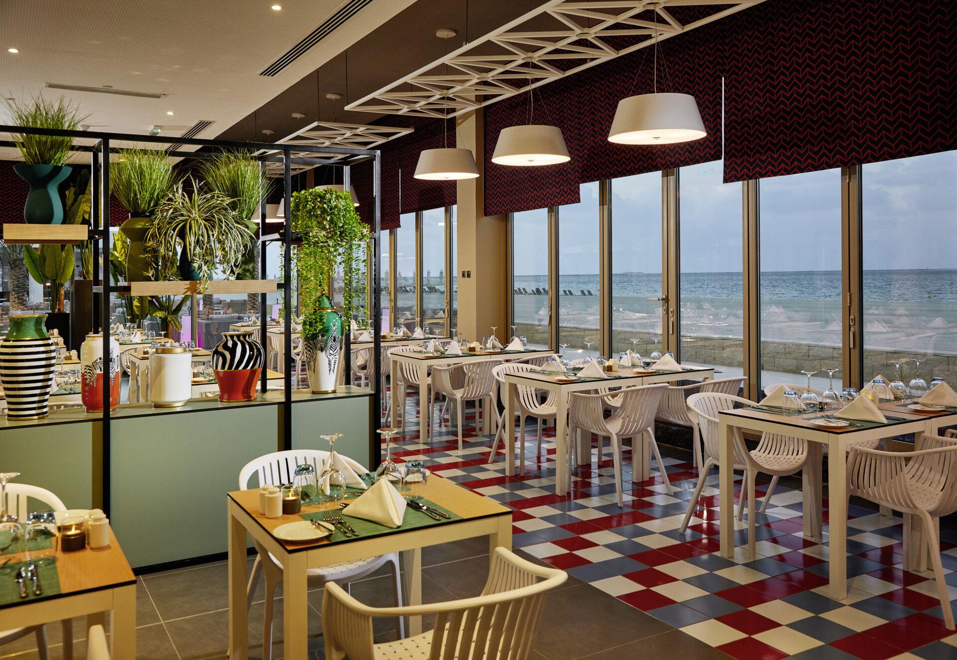 https://cms.satur.sk/data/imgs/tour_image/orig/dub_20_140-italian-restaurant-1939887.jpg