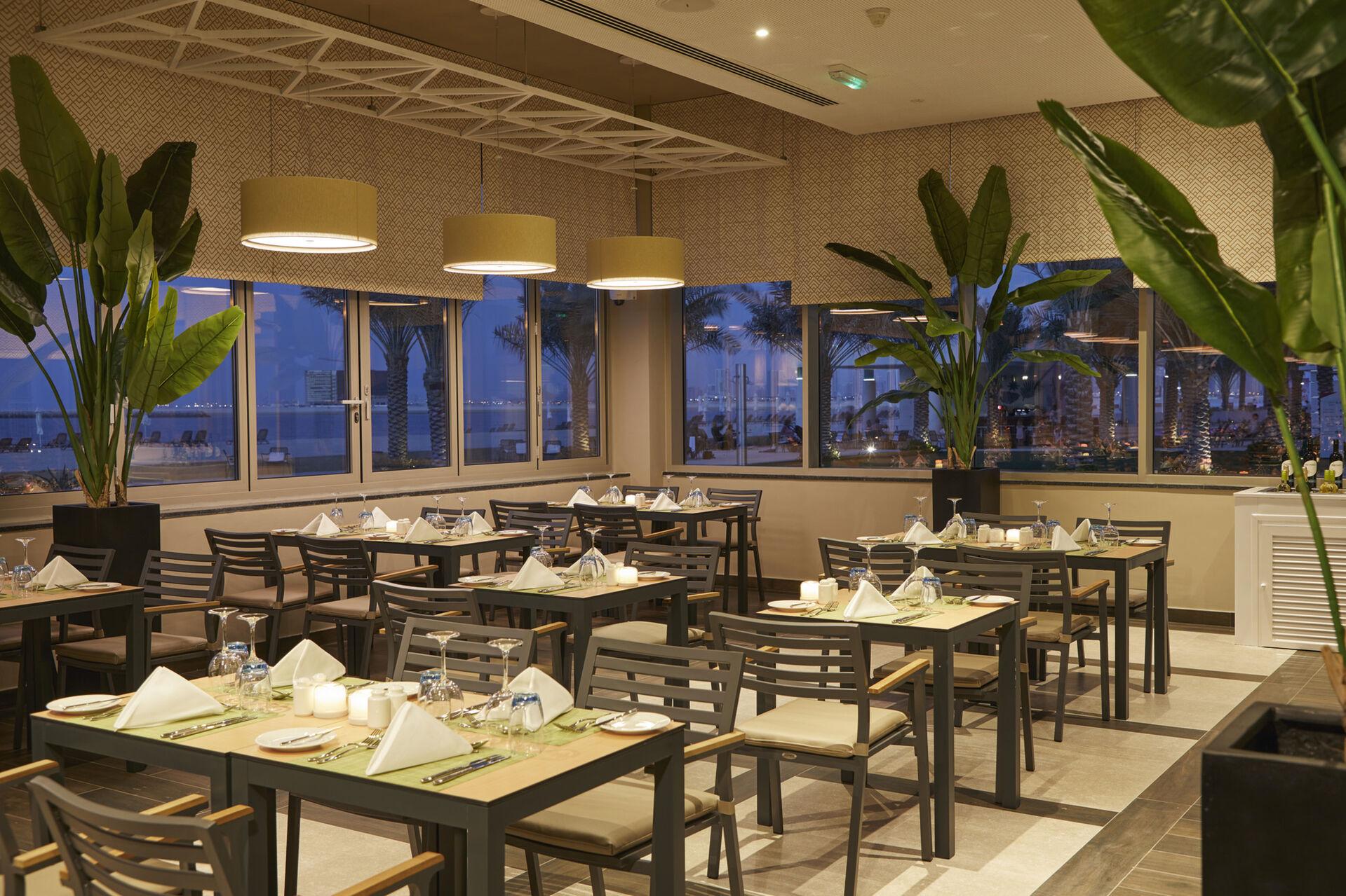 https://cms.satur.sk/data/imgs/tour_image/orig/dub_20_145-lebanese-restaurant-1939889.jpg