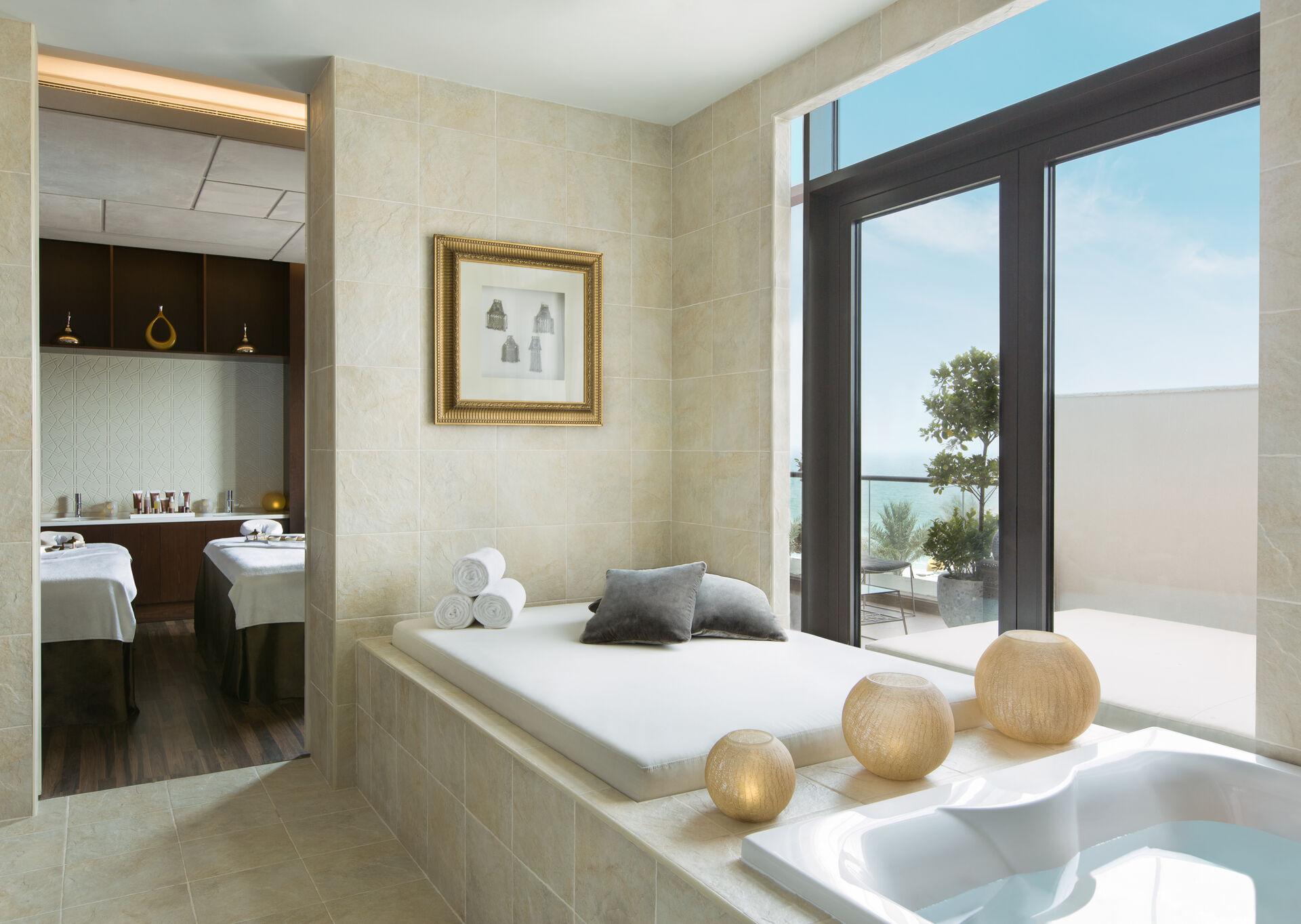 https://cms.satur.sk/data/imgs/tour_image/orig/goco-spa-ajman-treatment-room-bath-1-1960355.jpg