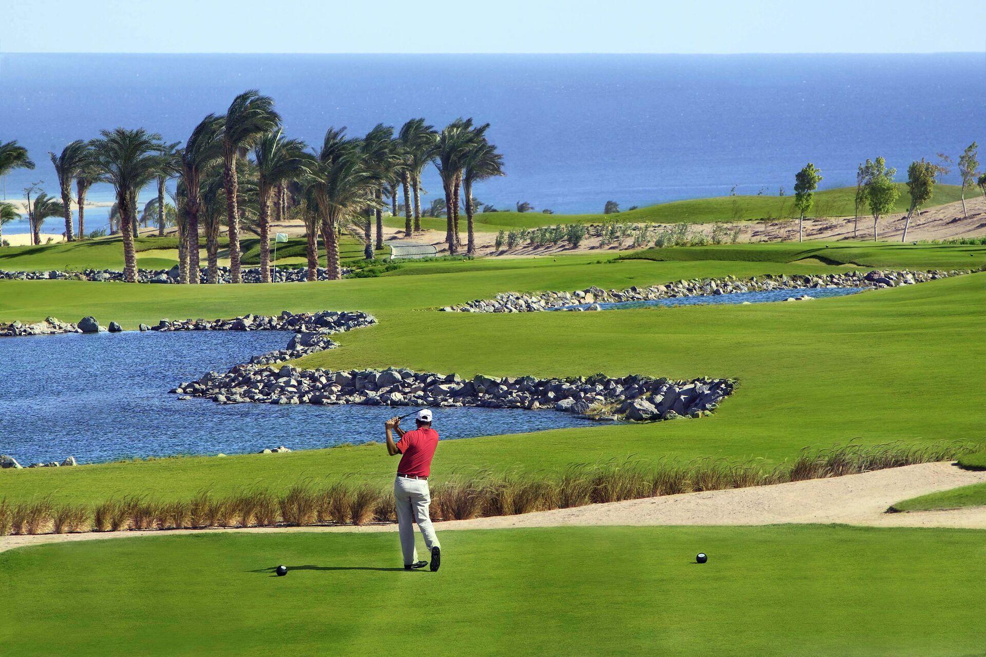 https://cms.satur.sk/data/imgs/tour_image/orig/golf-court-2-1947532.jpg