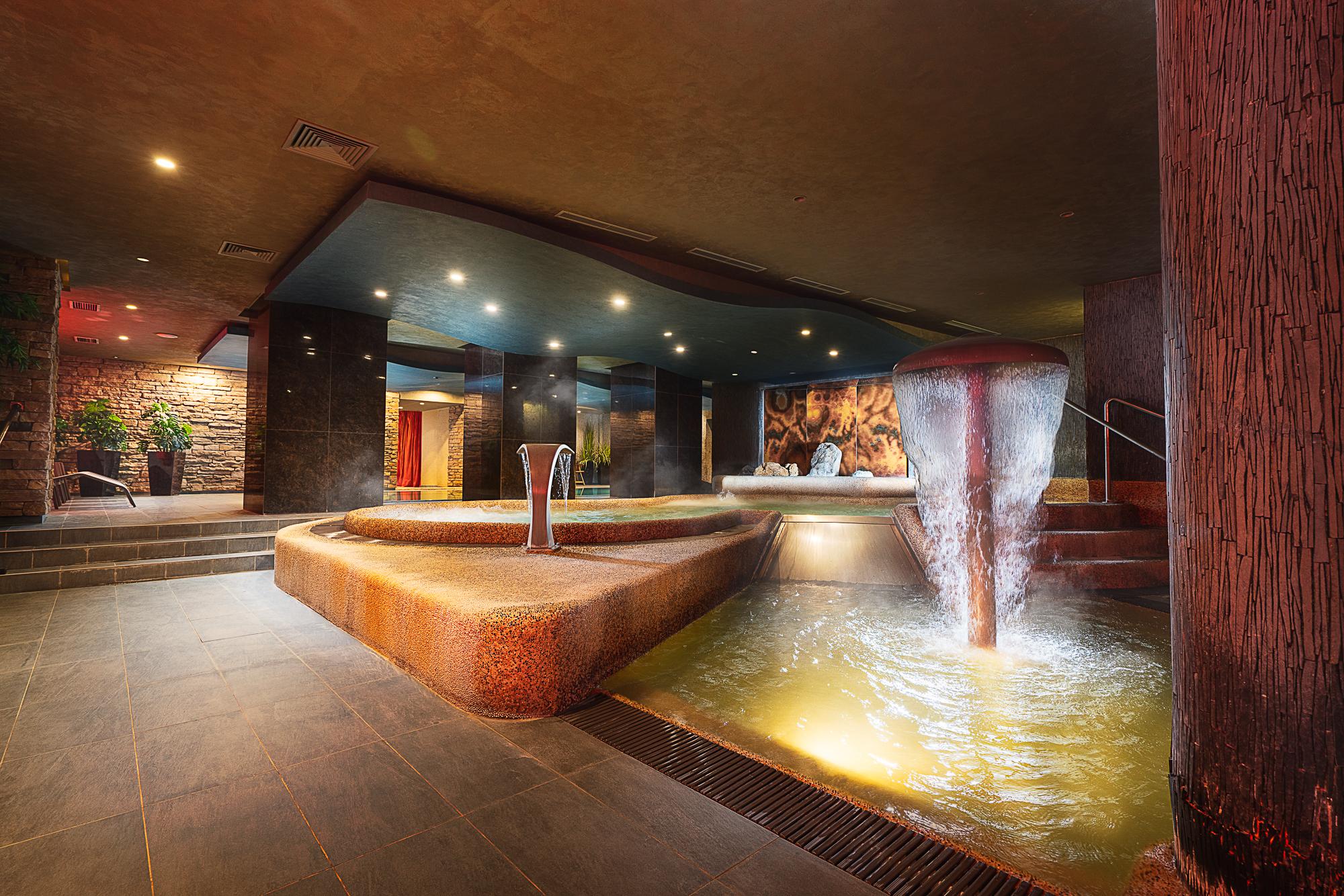 https://cms.satur.sk/data/imgs/tour_image/orig/hotel_termal_vyhne-0-1802497.jpg