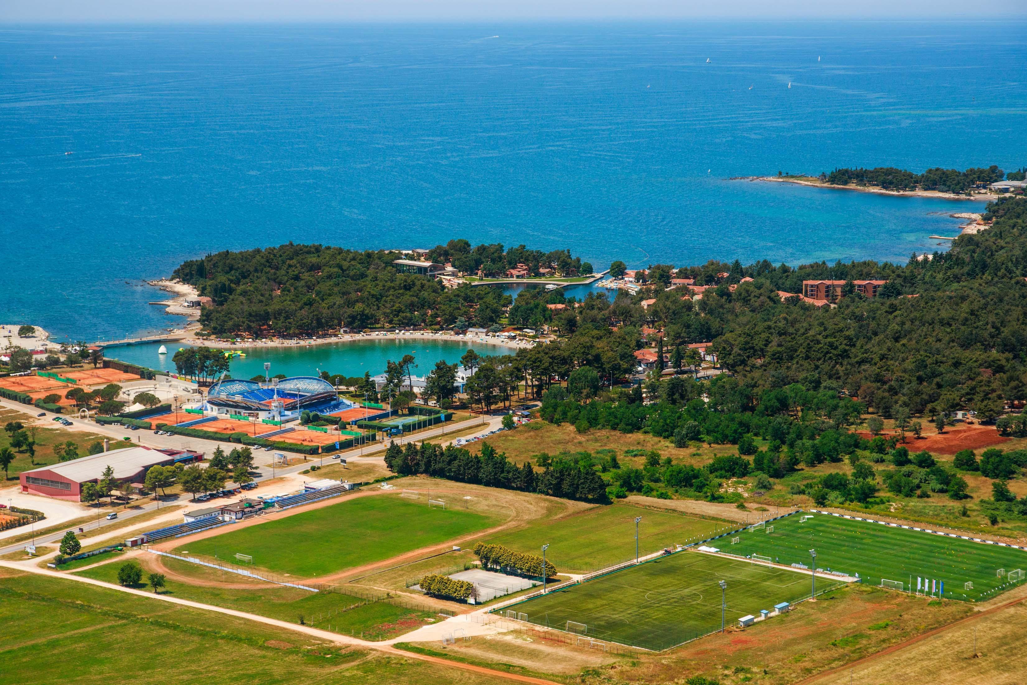 https://cms.satur.sk/data/imgs/tour_image/orig/stella-maris-resort-avio-panorama_2-1800586.jpg