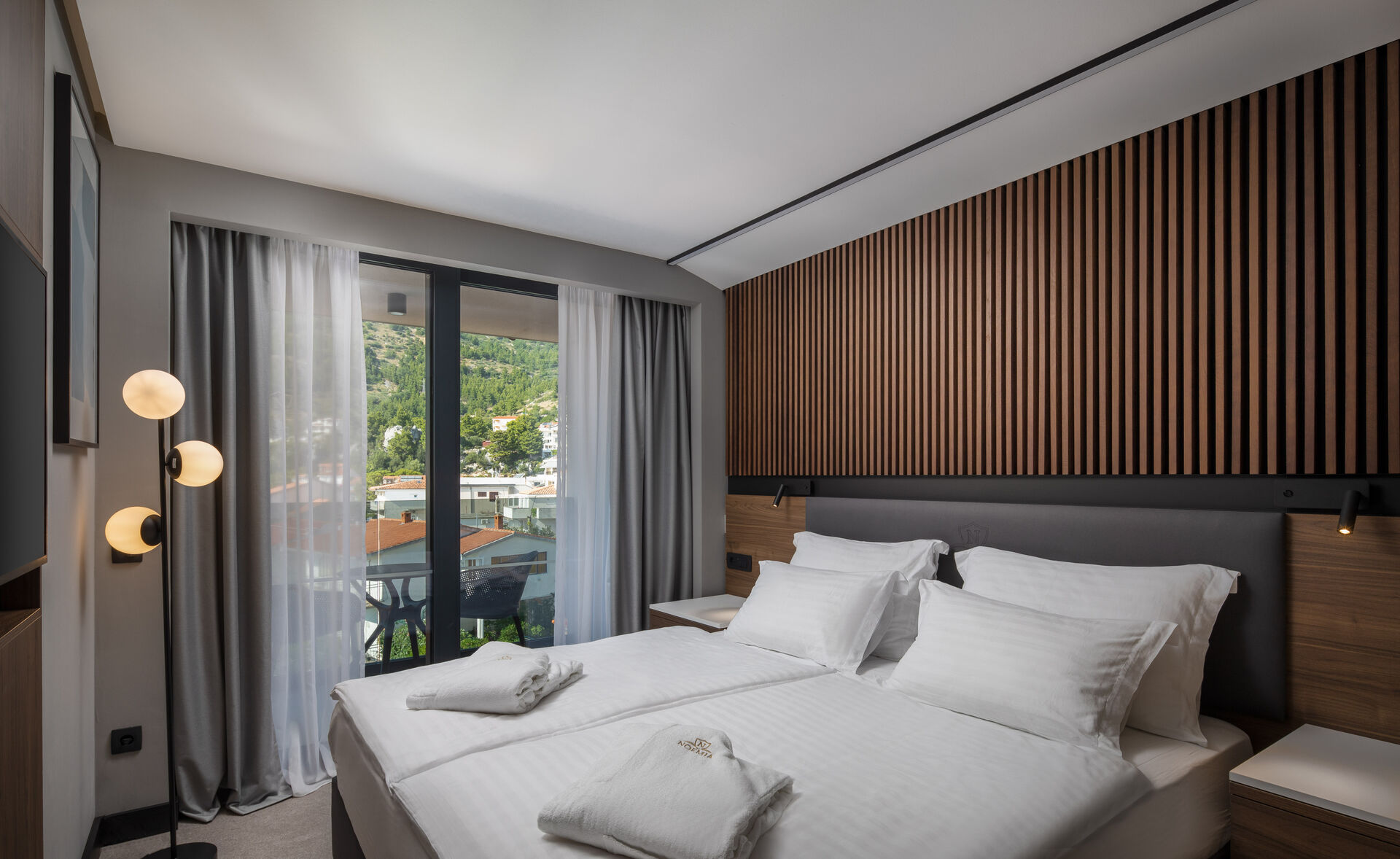 https://cms.satur.sk/data/imgs/tour_image/orig/suite_hotel-noemia-1-1949990.jpg